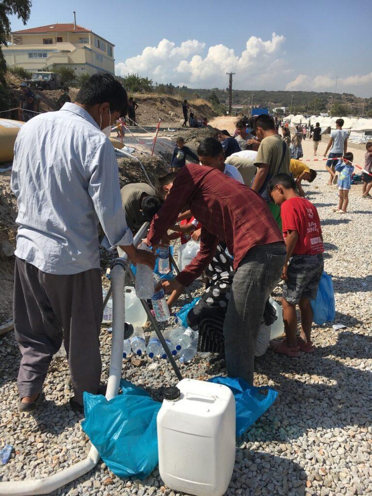 Συλλογή νερού για μπάνιο και άλλη χρήση_zvoura.gr