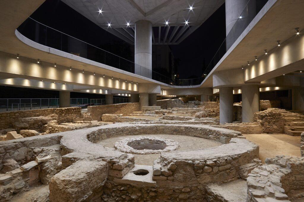 Ανασκαφή στη βάση του Μουσείου της Ακρόπολης