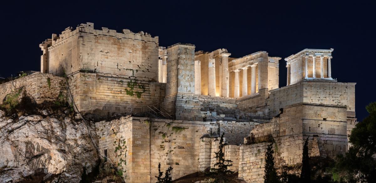 acropolis_zvoura.gr